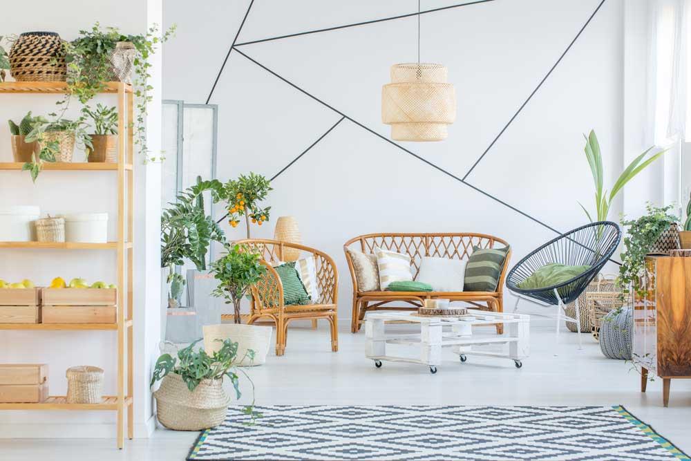 Rotan in huis: stoelen en banken!