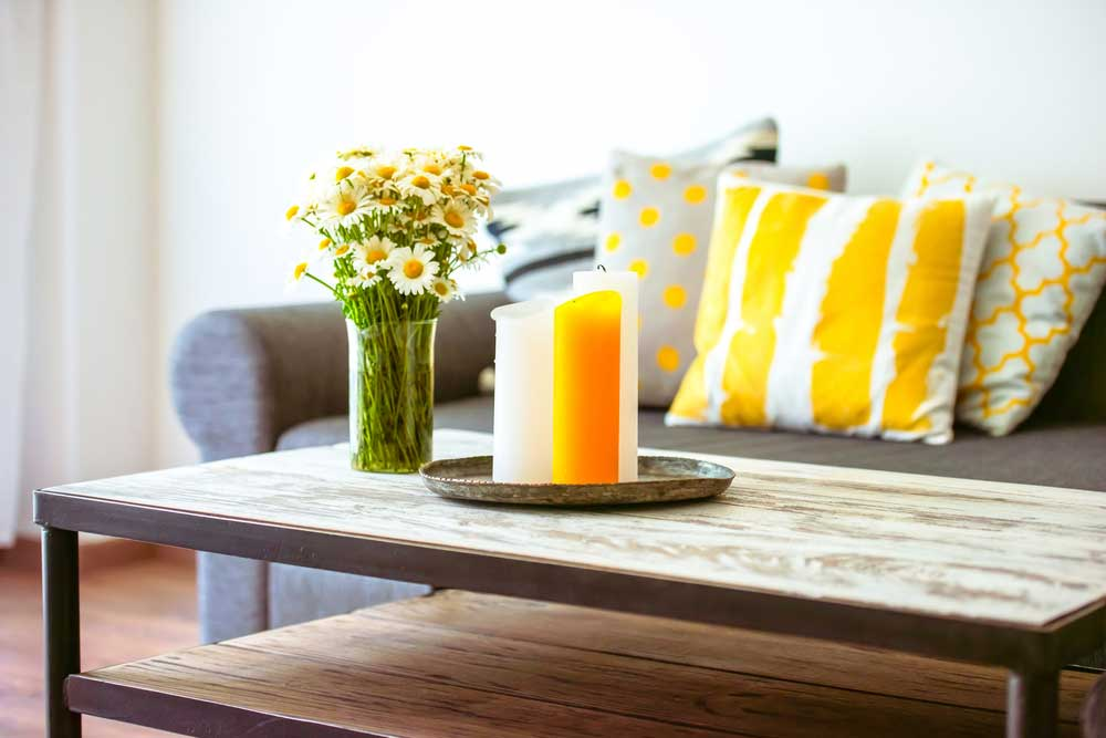 Durf te kiezen voor opvallende gele accessoires in huis