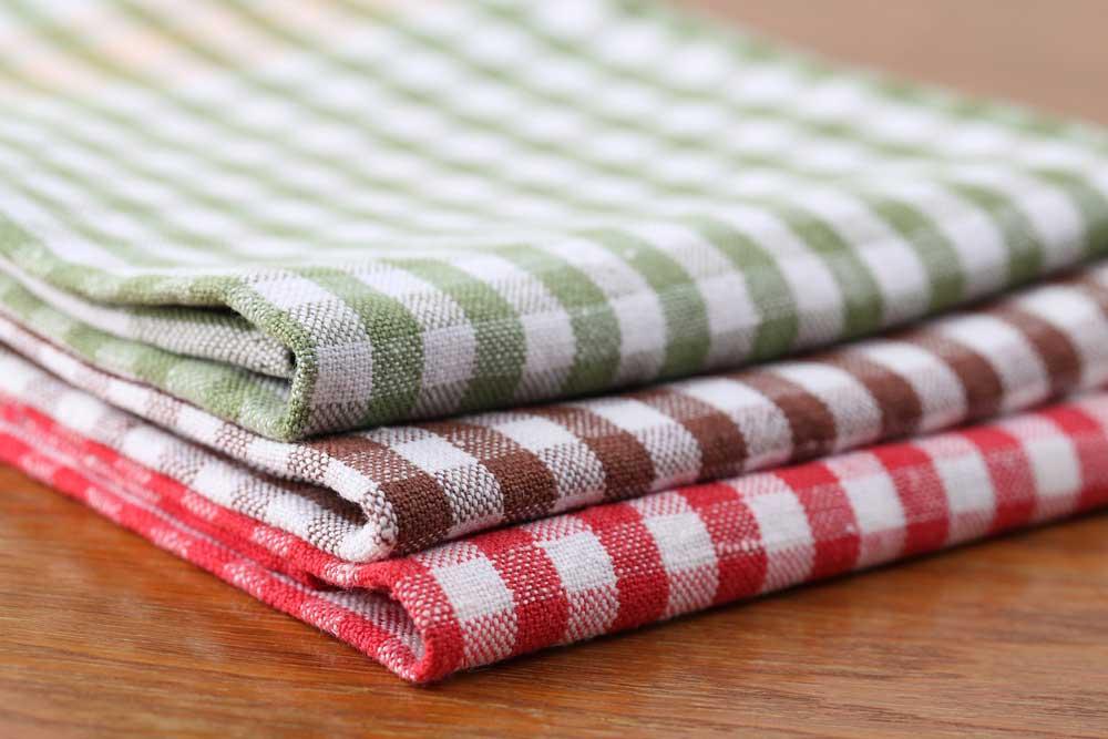 Combineren kleuren in de keuken, bijvoorbeeld in het keukentextiel