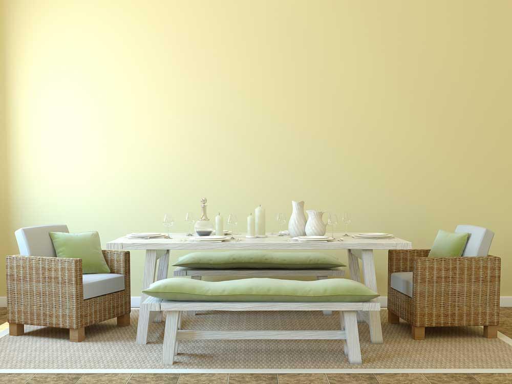 Uniek: stoelen en banken aan de eettafel