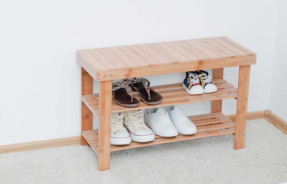 Ideaal: schoenen opbergen in de hal door een bankje met ruimte
