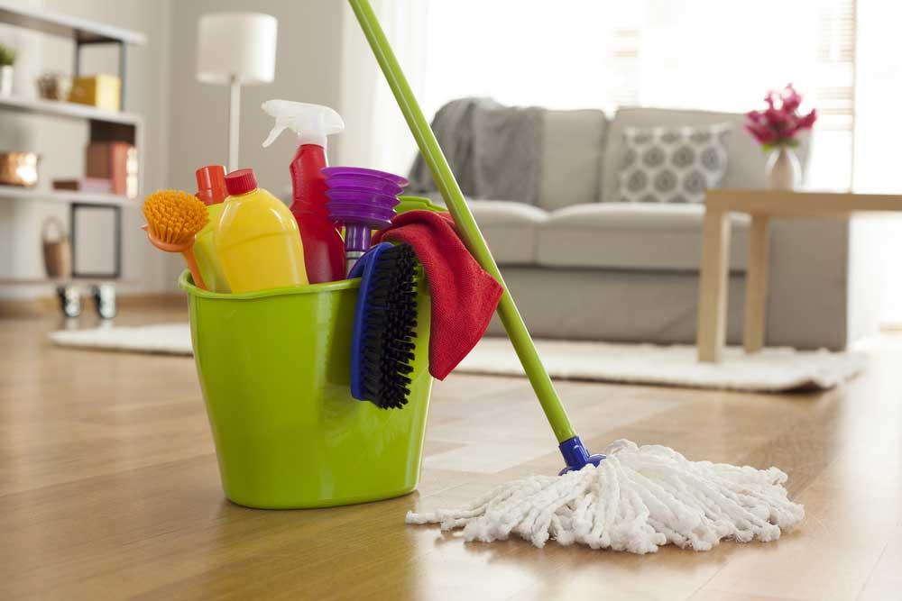 Een grondige schoonmaak in huis: zo pak je het aan