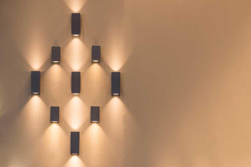 Plaatjes kijken: de mooiste wandlampen voor de woonkamer