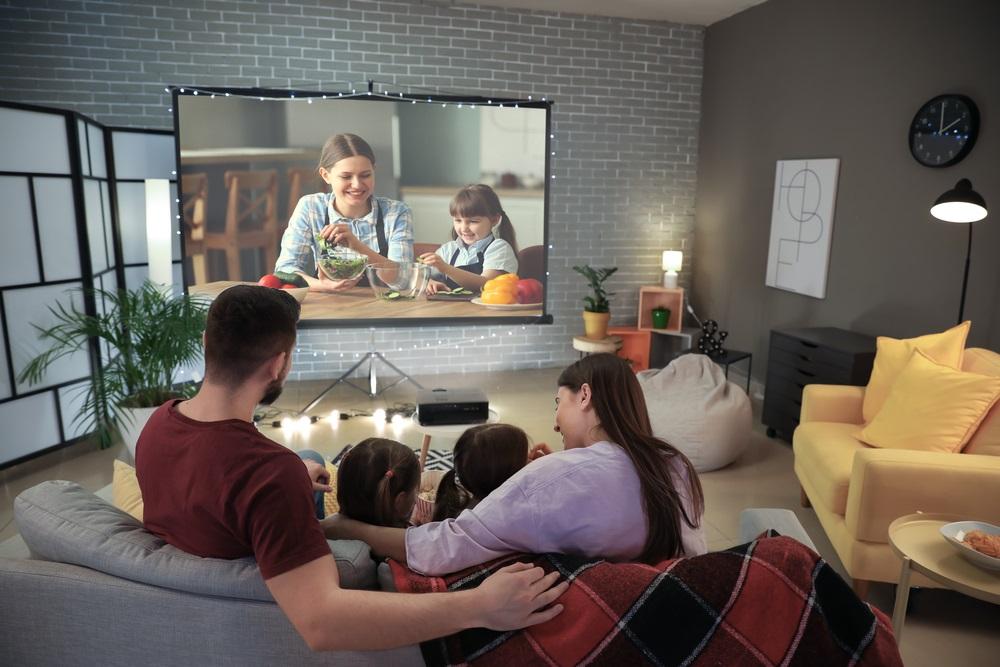 Grote-TV-of-beter-een-beamer
